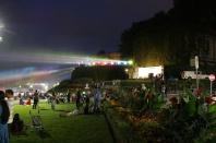 The spot lights that light up niagra falls at night