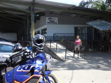 At the Costa Rican border crossing