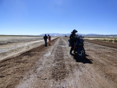 The first few kilometres of the road to Uyuni